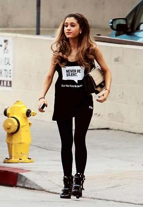 """♕ Ariana Grande wearing a """"Never be silent. Find your voice for animals."""" shirt!"""
