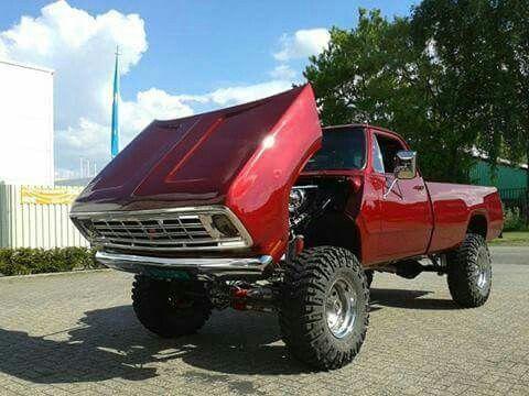 1976 Dodge Power Wagon 4X4
