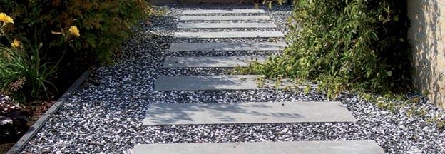 Langwerpige Tegels Met Grind Bestrating Van De Tuin