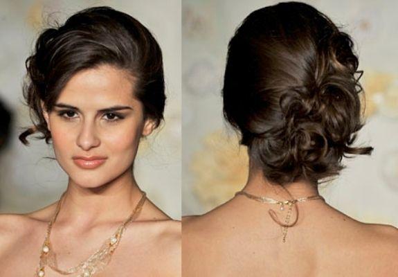 Penteados para madrinhas de casamento com cabelo preso.3