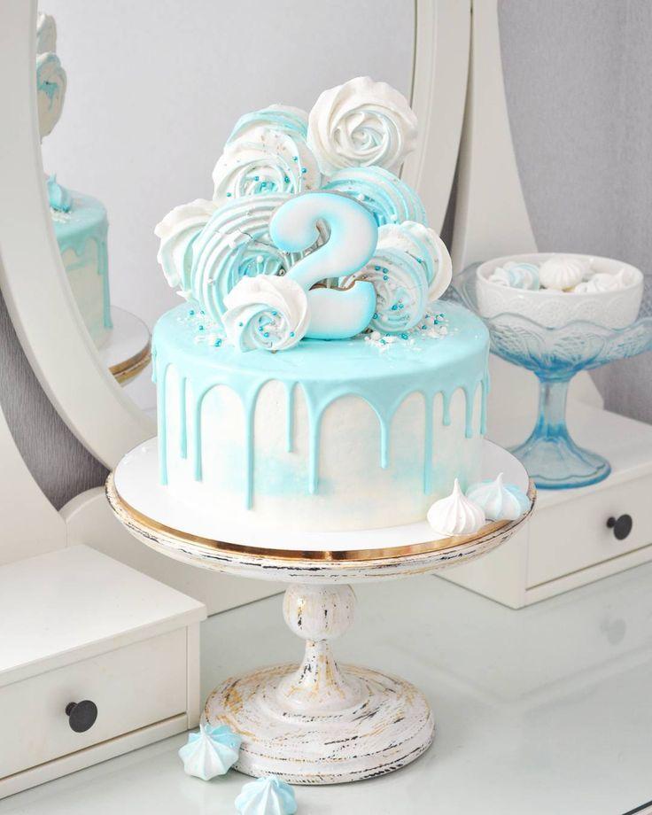 236 отметок «Нравится», 3 комментариев — Торт Харьков (@kissel.cake) в Instagram: «Когда делала этот торт, то даже не думала, что он мне так понравится) И сейчас смотрю на него -…»