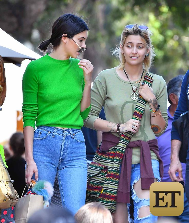 EXCLUSIVE PICS: New Besties! Paris Jackson and Kendall Jenner Have a Fun Shopping Date at Flea Market