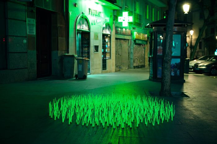 Awesome new light work from luzinterruptus: Installation, Lights, Glow Sticks, Mutant Weeds, Grass, Madrid, Street Art