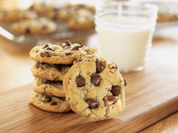 These look like the ULTIMATE chocolate chip cookies.