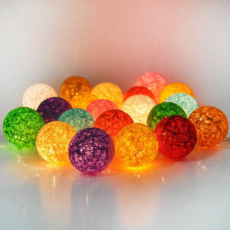 Cotton ball light adalah lampu hias dengan pembungkus luar berbentuk bola  yang dibuat dari benang-benang katun. Ornamen berbentuk bulat-bulat lucu dengan warna-warni menarik ini sangat cocok dimanfaatkan untuk dekorasi ruangan, mulai dari ruang keluarga, kamar tidur, ruang tamu, bahkan bisa juga menghiasi ruang kerja atau mempercantik kafe dan etalase toko, selain itu, juga bisa digunakan sebagai hiasan pohon natal. Jika anda tertarik silahkan kontak kami di whatsapp :  08155226122