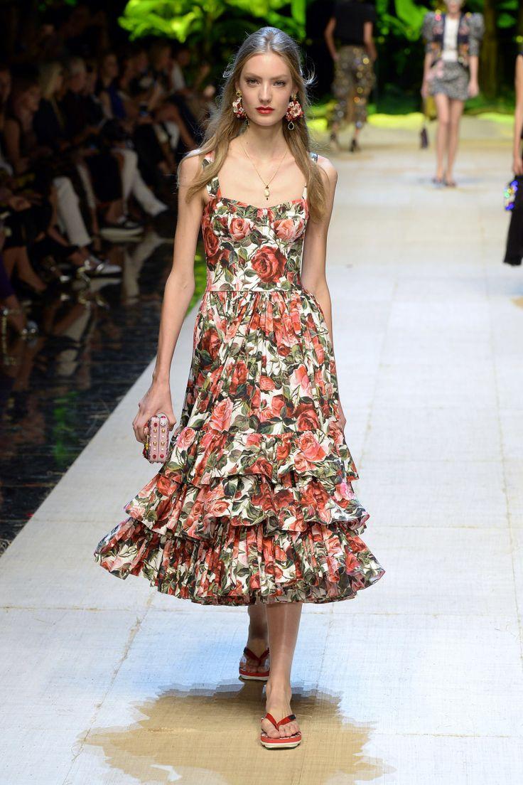 Dolce & Gabbana | Ready-to-Wear Spring 2017 | Look 57