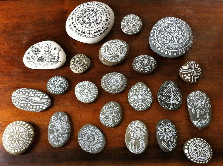 <3 Precious pebblesSharpie Drawing, Ideas, Painting Rocks, Painting Pebble, Pebble Painting, Camps Crafts, Pebble Art, White Ink, Painting Stones