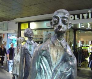 Melbourne city sculpture- I call him Tom
