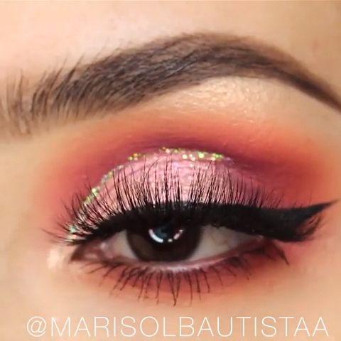 Read information on beauty & makeup #eyemakeuptips