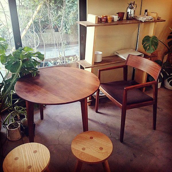 """オーダー家具のショールーム、monokraftのテーマは「人とともに老いる家具」。「老いる家具」というのは…。 そして今回、蔵前でショップをめぐって私の中で変わりつつある""""もの選び""""、それは…。ルミネマガジン編集部がゆく! トーキョートリップ物語 まだ知らない東京を旅する、3人娘の珍道中。"""