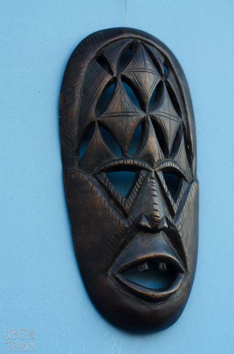 70's African Wooden Black Tribal Mask - Über den Traum