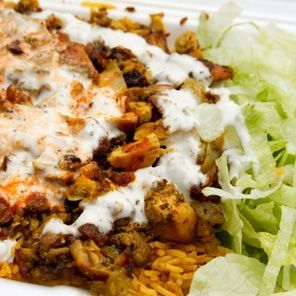 Halal Cart–Style Chicken & Rice with White Sauce!!