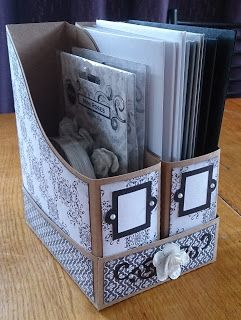 Scrappy Vee - A2 Magazine Holder and Base - Lori Whtlock