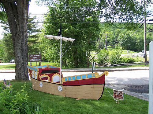 Pirate ship playhouse cardboard woodworking projects plans for Boat playhouse plans