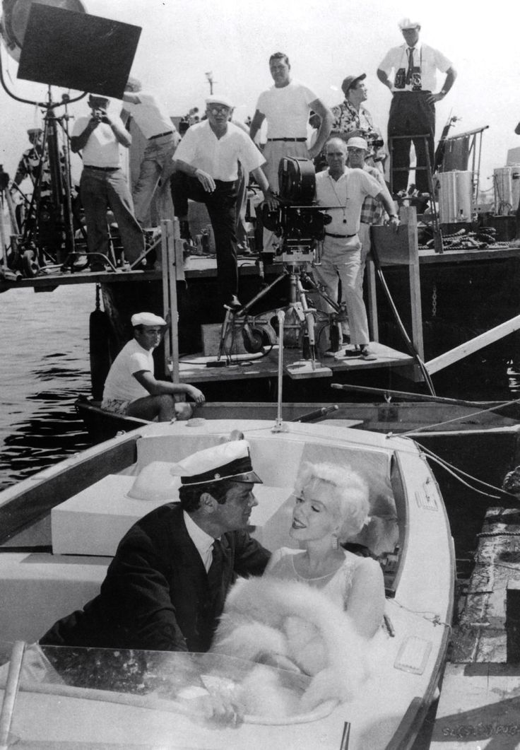 Tony Curtis & Marilyn Monroe on set of Some Like it Hot.