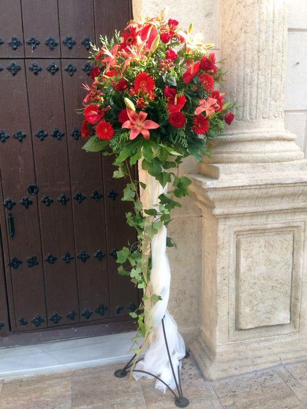 17 mejores ideas sobre decoraciones de boda en la iglesia - Decoracion entradas ...