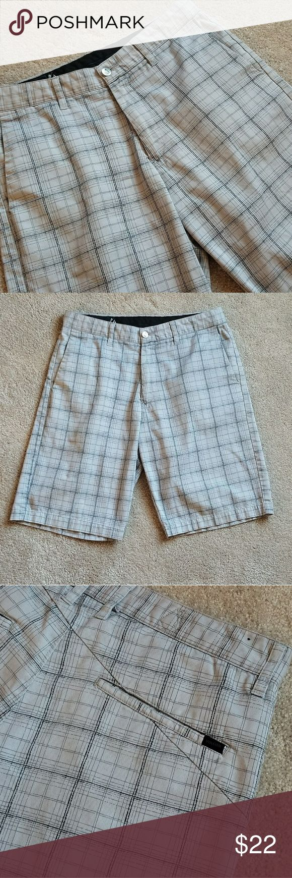 Men's Volcom Shorts Great condition! One small tear, but hardly noticeable at all! Last pic shows it! Volcom Shorts