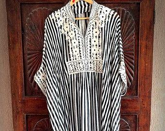 Caftan de Chevron coton brodé Robe maxi par ArabianThreads sur Etsy