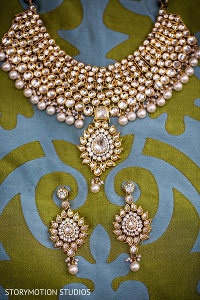 Jewelry http://maharaniweddings.com/gallery/photo/28686