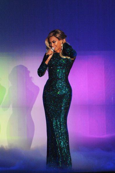 Beyonce 2014 Brit Awards in Vrettos Vrettakos