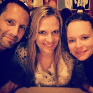 """On Halloween, Vinessa Shaw — aka Allison, aka the one with the yabos — posted an epic reunion pic of herself hanging out with Omri Katz and Thora Birch. 