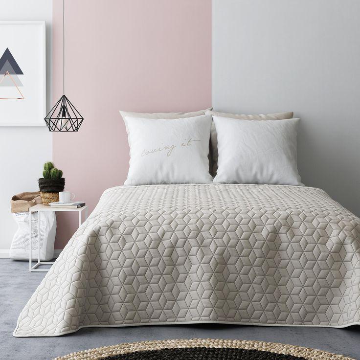 Přehoz na dvoulůžko přes postel béžovo krémové barvy