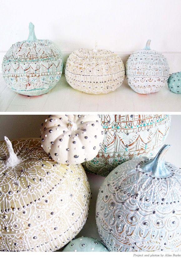 DIY painted pumpkinsPainting Pumpkin, Cute Ideas, Winter Wonderland, Painted Pumpkins, Cool Ideas, Winter Decor, Pumpkin Painting, Fall Wedding, Halloween