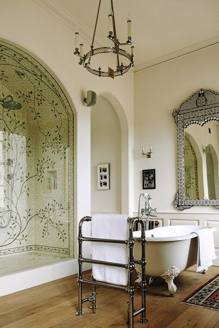 Mosaic Shower - A painstakingly restored Georgian house nestled in a Somerset valley. The house deservedly won a Georgian Group award in 2015.