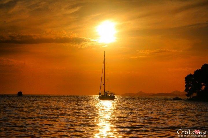 Zachód słońca w Cavtacie || http://crolove.pl/cavtat-spokojne-i-urokliwe-miasteczko-w-poludniowej-dalmacji/ || #Cavtat #Dubrownik #Chorwacja #Croatia
