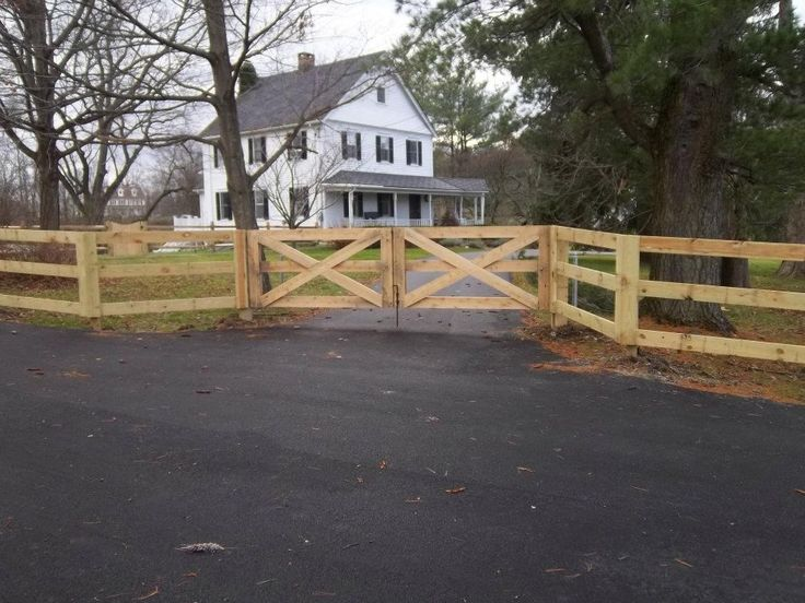 Best 3 Rail Paddock Style Fence With Driveway Gate All 400 x 300