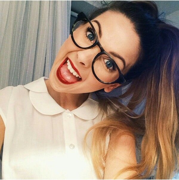 This is the sort of hair I really really wish I had. You can watch Zoe on Zoella, YouTube. I love her so so much. ZALFIE forever and ever!!❤️❤️