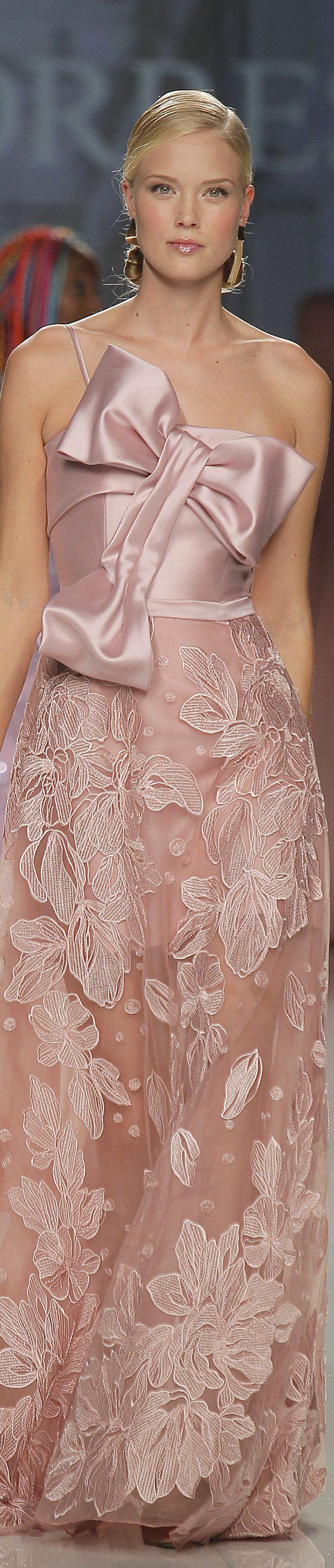 Ana Torres spring 2018 Barcelona Bridal Fashion Week