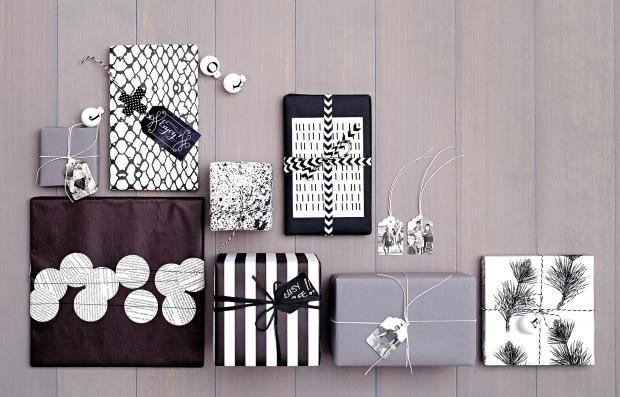 Geschenkverpackungen in Schwarz, Weiß und Grau
