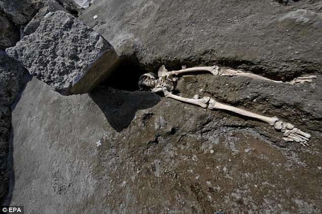 Skeleton Of Man Decapitated By Rock 2 000 Years Ago Found In