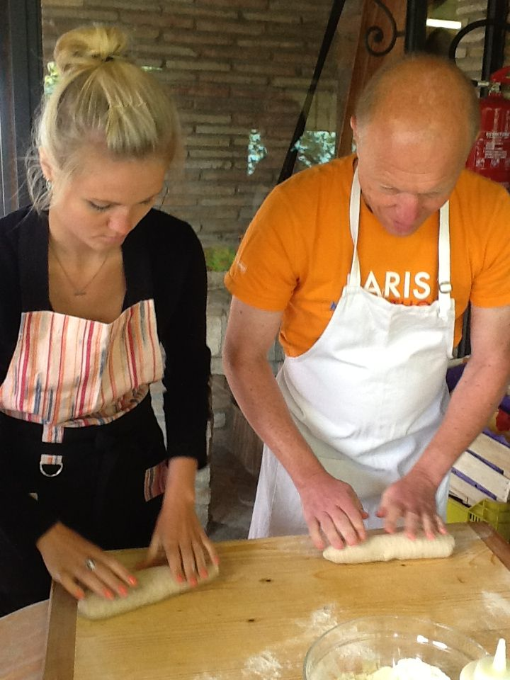 Our guests are preparing the bread...