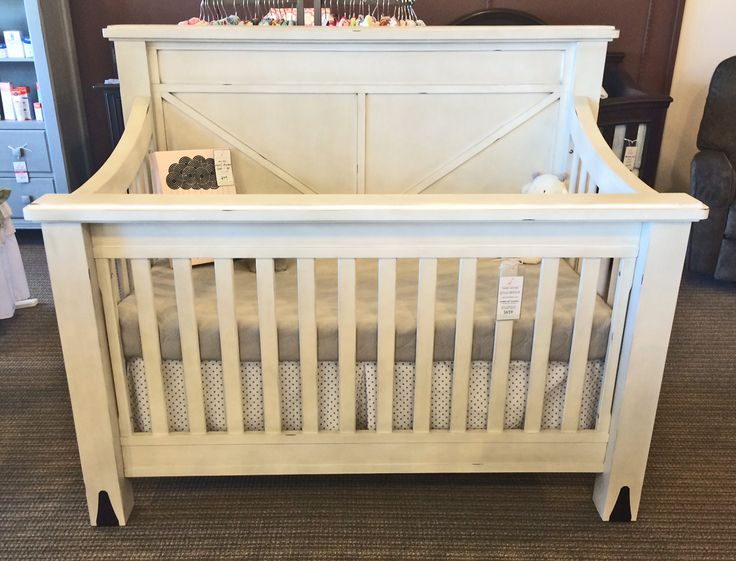 Franklin Amp Ben Providence Crib In Distressed White Sandy