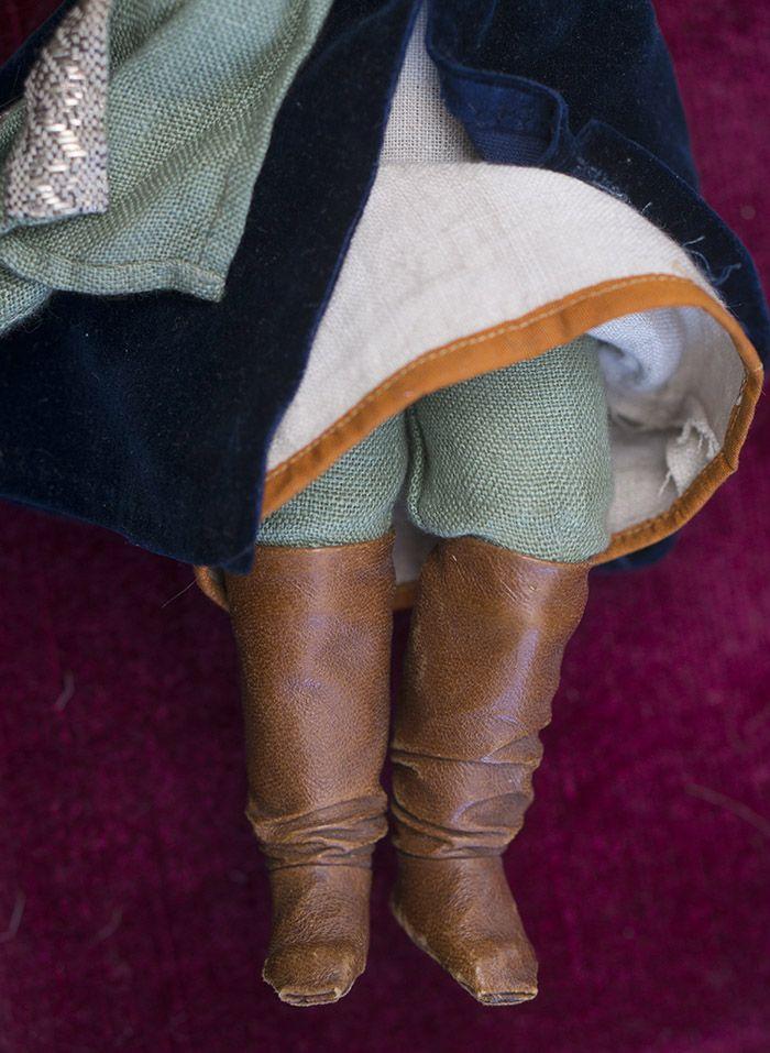 Две русские куклы Шраер и Фингергут в оригинальных - на сайте антикварных кукол.