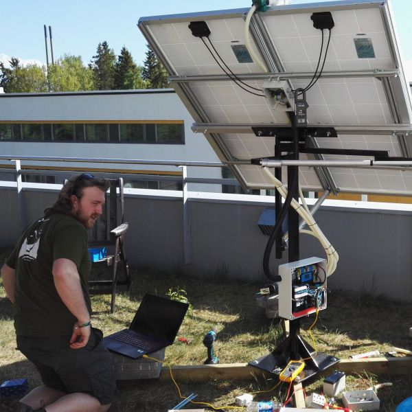 Dual Axis Solar Tracker with Online Energy Monitor | Hackaday