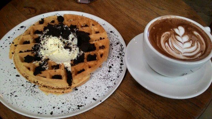 Oreo waffle with vanilla ice cream and hot chocolate at Crematology Coffee Roasters
