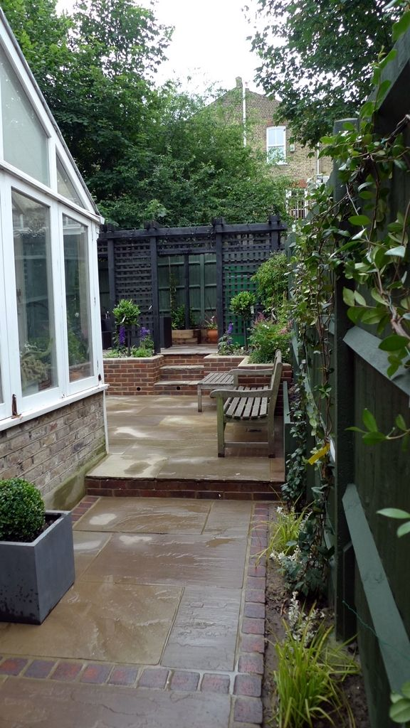 Indian-sandstone-patio-paving-retaining-walls-formal