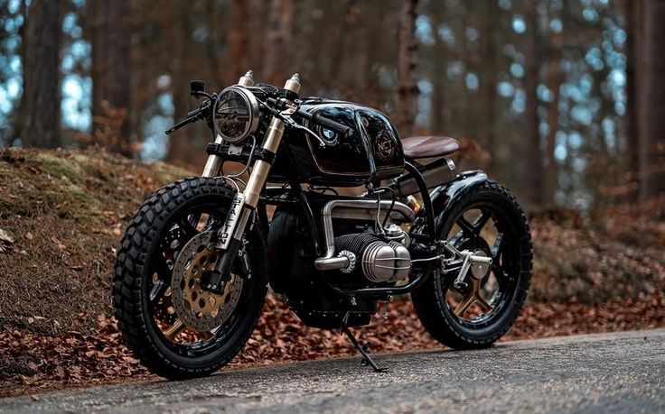 "BMW R100 RT Cafe Racer - Bobber ""Black Stallion"" by NCT (National Custom Tech Motorcycles) - Photos by Peter Pegam #motorcycles #caferacer #motos 