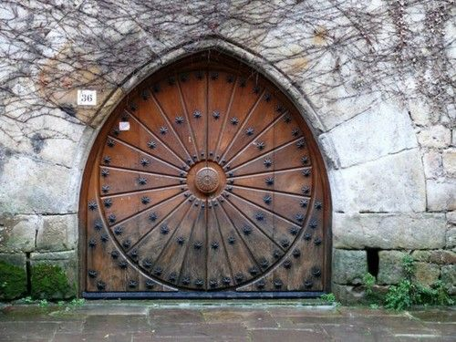 circle inside gothic arch door