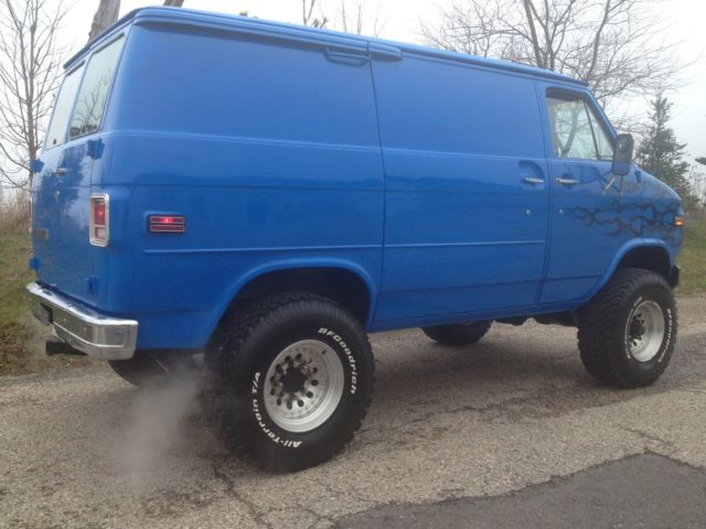 1979 Chevrolet /Pathfinder 4x4 van for sale: photos, technical specifications, description