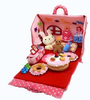 Doll Shopaholic: Adorable Korean Ddung Doll and Her House