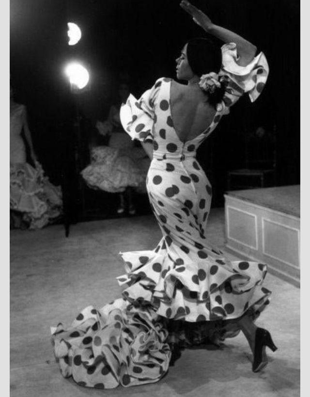 Flamenco/ yo tenia un vestido asi ;) memories ;)