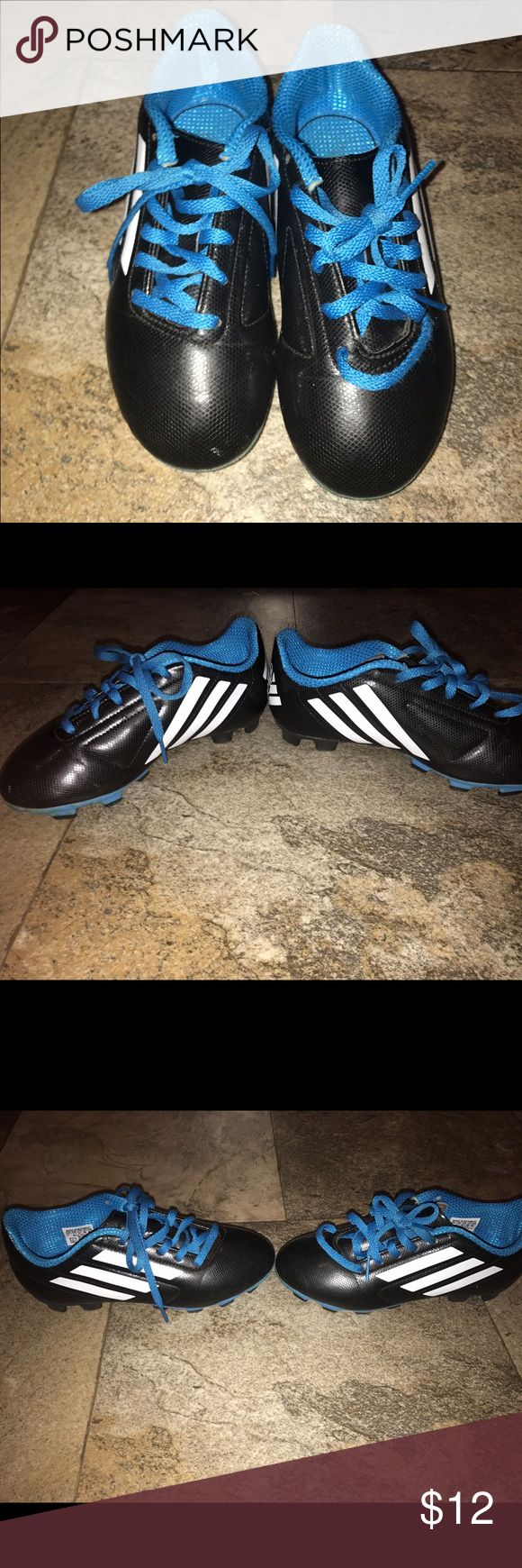 Adidas kids soccer cleats EUC size 2 Adidas kids soccer cleats EUC size 2 Adidas Shoes