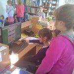 Mamy już swoją grupę chętnych do blogowania. Są to osoby, które działają w Kole Przyjaciół Biblioteki oraz uczestnicy zajęć języka rosyjskiego. Wybraliśmy już nazwę dla naszego bloga i teraz czekamy na możliwość zalogowania się.