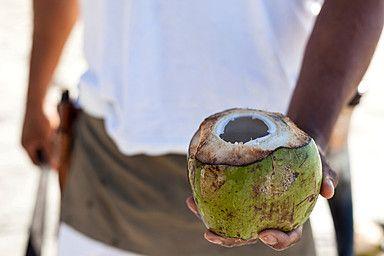 Pipa Fría Signature Drink (Coconut Water)