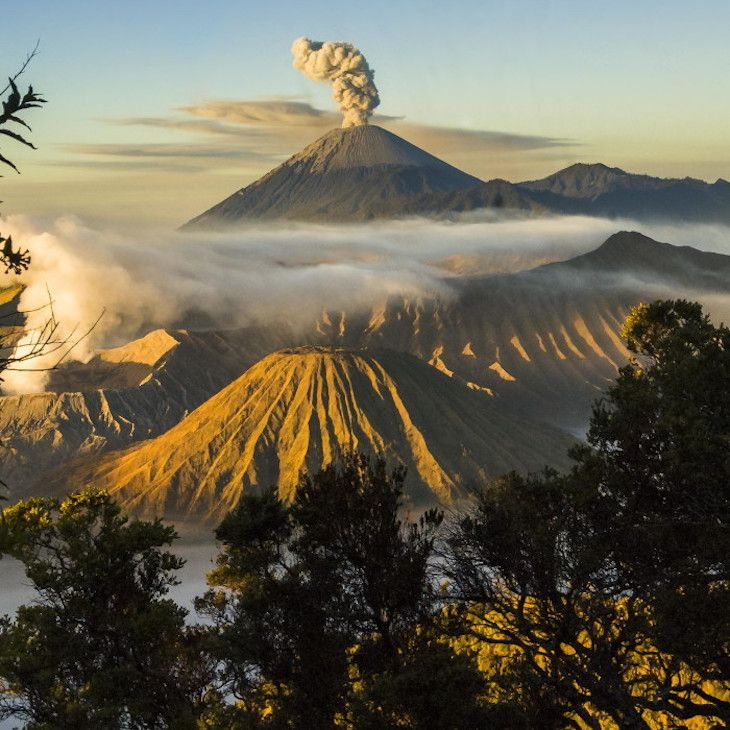 TOP 10 Must See Places In Indonesia