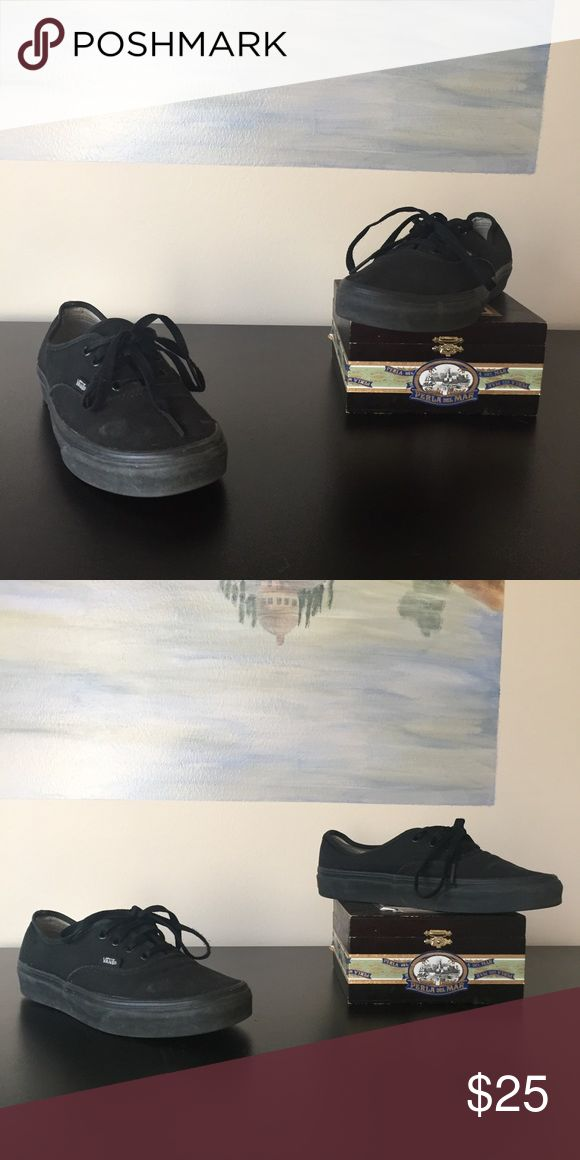 Black Vans Shoes This listing is for a pair of UNISEX black Vans Shoes size M : US 6 and F : US 7.5. They're slightly worn but very useable. Vans Shoes Sneakers